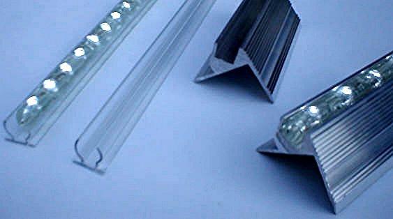 lichtleiste led leisten led leiste kette leuchtdioden. Black Bedroom Furniture Sets. Home Design Ideas